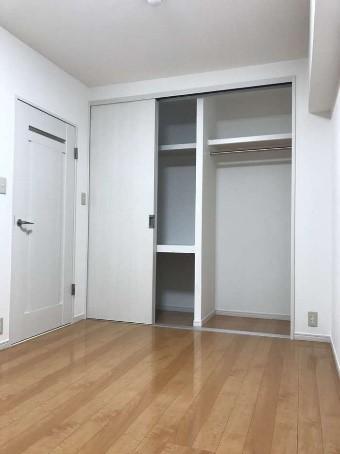 和室スペースを洋室の子供部屋にするリフォームの事例写真