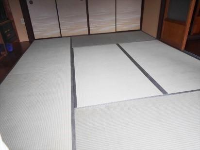 表面が劣化していた畳を新しい畳に取り換えるリフォームの事例写真