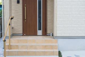 2-1.バリアフリー化する二世帯住宅リフォーム(10万~180万)