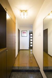 マンションの玄関を明るくするための費用・工期と意識しておくべきこと