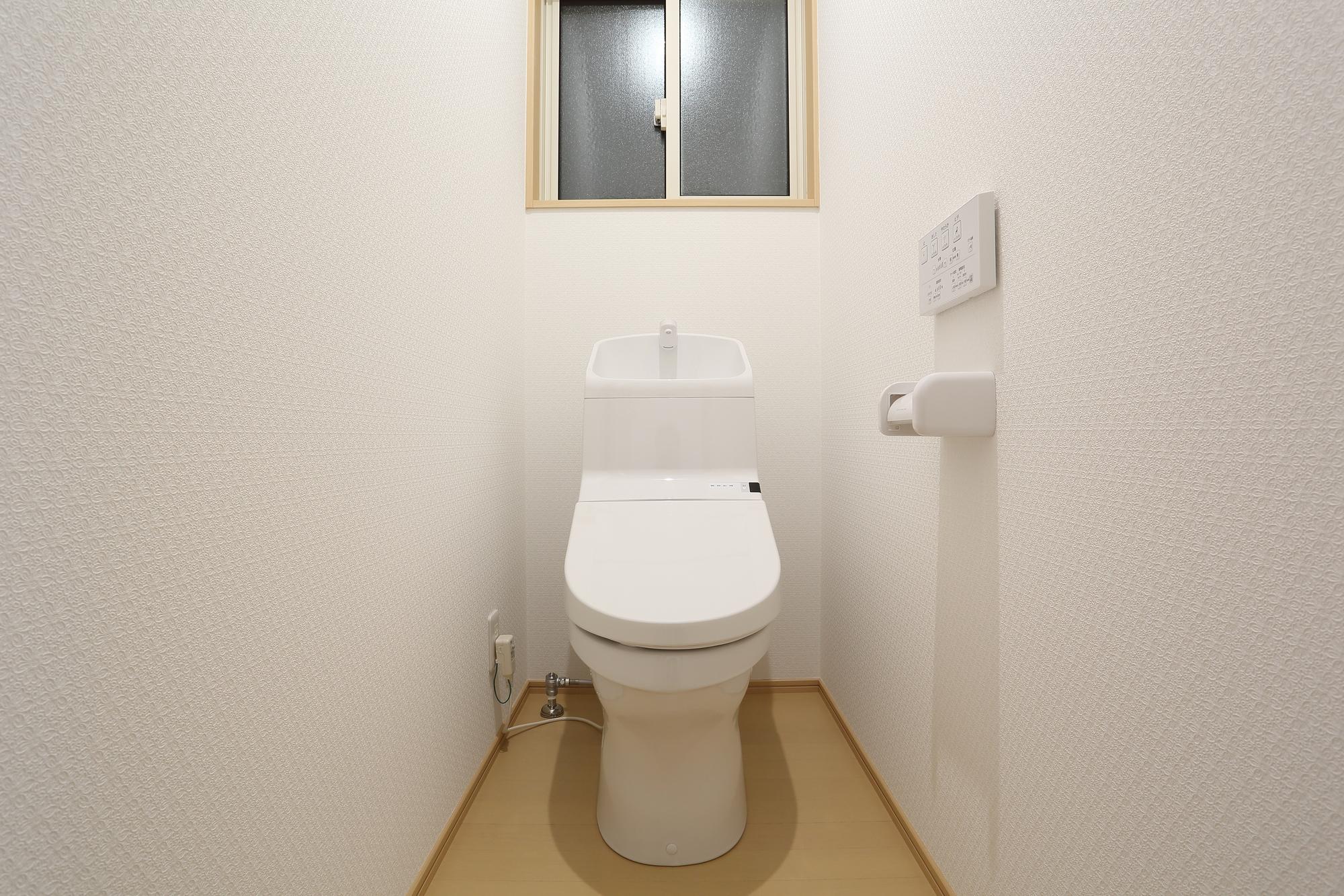 トイレの壁紙リフォームでもう悩まない プロが教える大満足の選び方