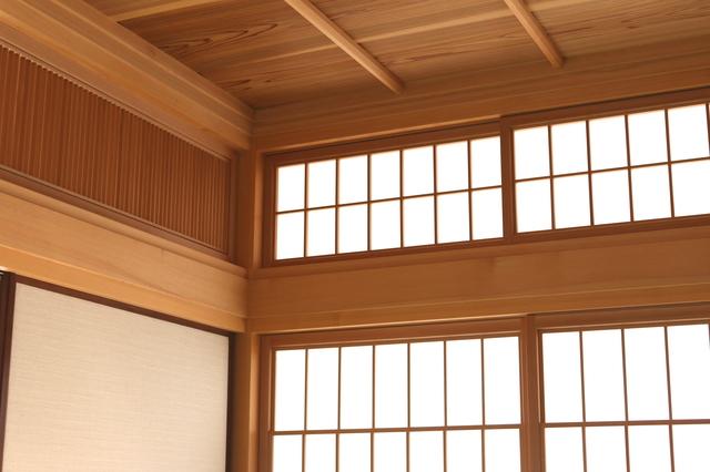 板張りによる天井リフォーム